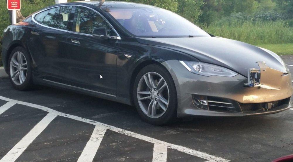 Новий Tesla Model S: перше фото електромобіля