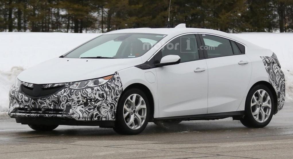 Opel Ampera 2017 виїхав на тести