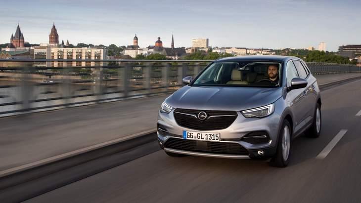 Кросовер Opel Grandland X отримав новий покращений двигун