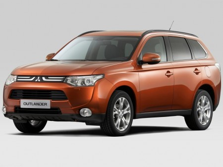 Mitsubishi тепер збиратиме Outlander в Росії