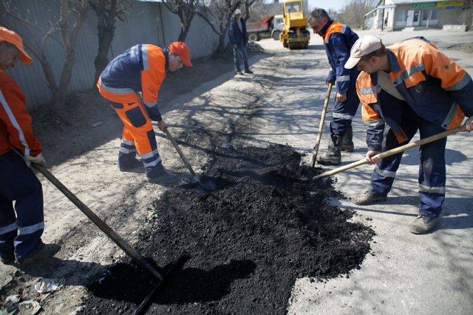 На українські дороги виділено величезний кредит