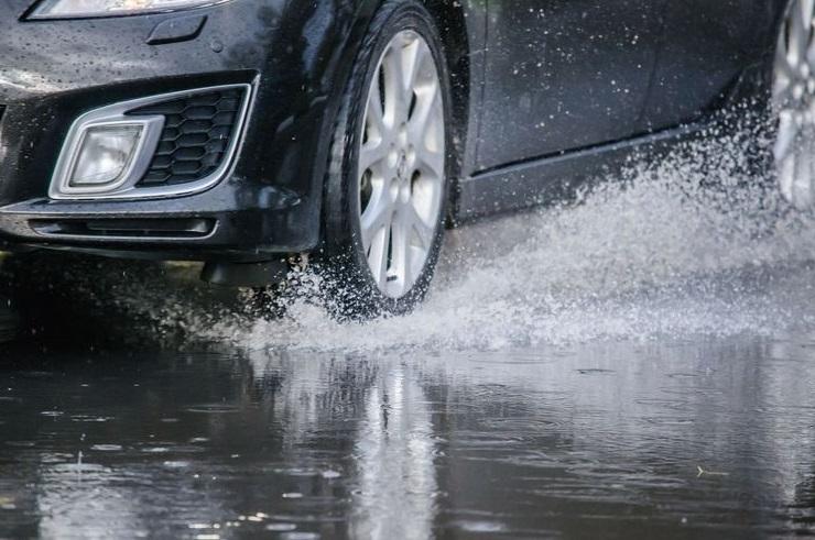 Небезпека для водіїв цими днями: що не слід робити?