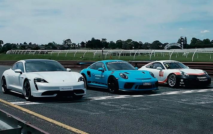Гонку дуже потужних Porsche показали на відео