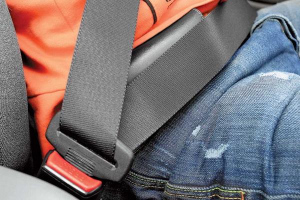 5 головних міфів про паси безпеки