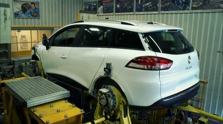 Renault готується до випробування Clio в кузові універсал