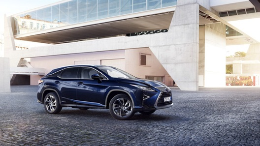 Lexus RX 2017 отримав