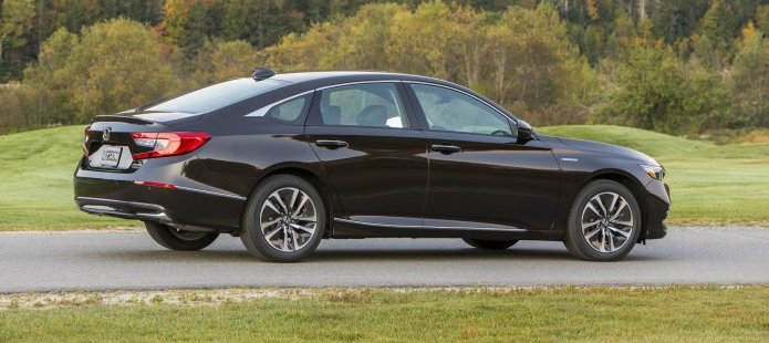 sedan_honda_accord_hybrid_2019__2.jpg (53.97 Kb)