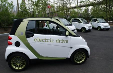 Електромобіль Smart ForTwo Electric Drive надійде в продаж 2012