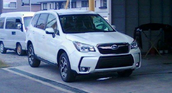 Новий Subaru Forester XT підловили
