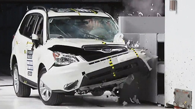 Subaru Forester перший серед кросоверів впорався з краш-тестом IIHS