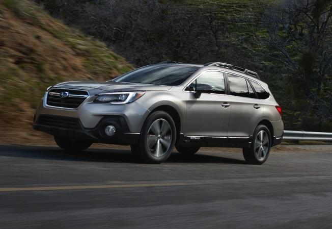 Subaru Outback 2018: оголошено ціни на новий кросовер