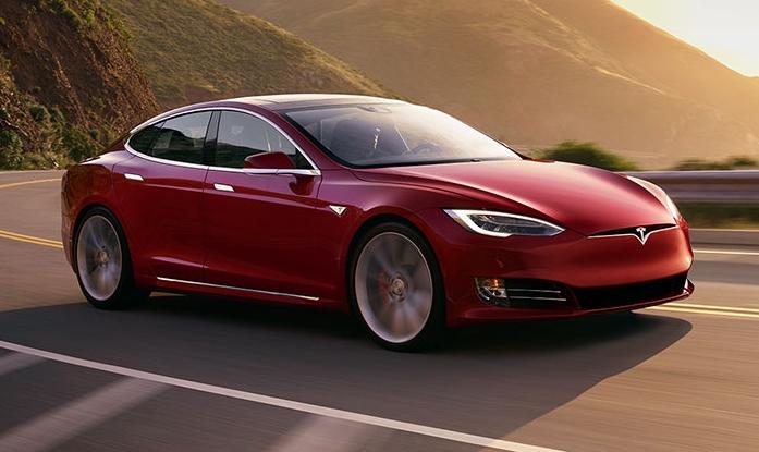Tesla Model S отримала максимальну дальність ходу