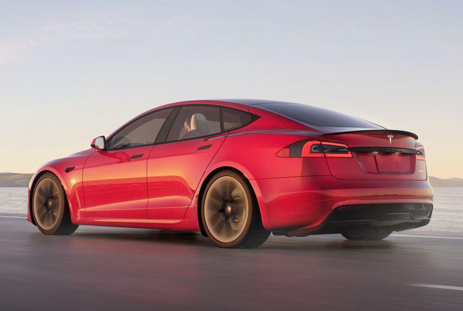 ВІДЕО: найшвидша Tesla розганяється до 60 миль за годину за 1,99 секунди