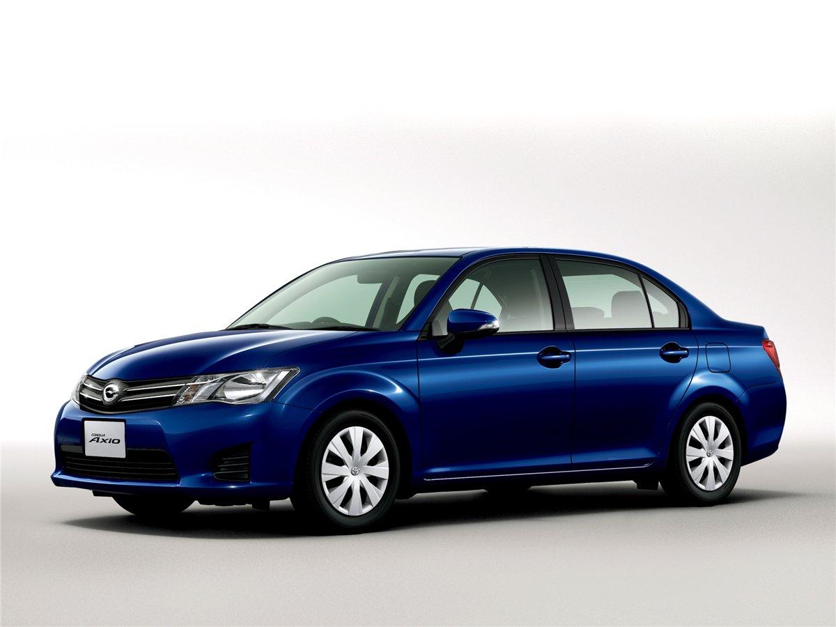 Перші деталі про нову Toyota Corolla