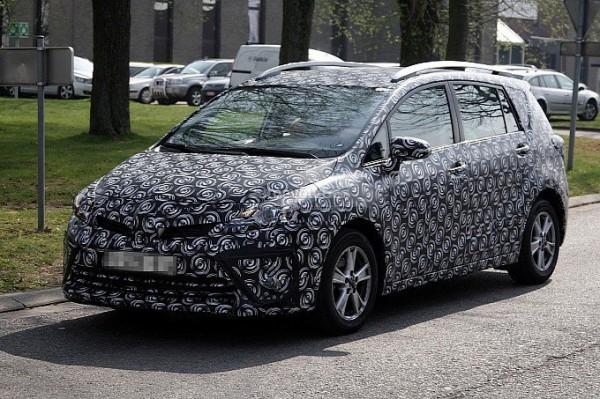 Toyota Verso отримав нову зовнішність