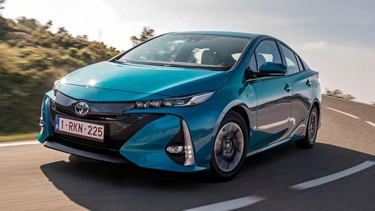 Toyota відкликає більше мільйона автомобілів по всьому світу