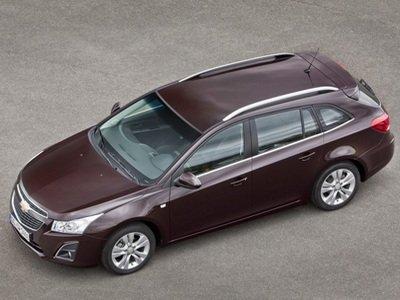 Початок продажів універсалу Chevrolet Cruze