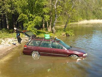 Subaru завівся після тримісячного перебування на дні озера