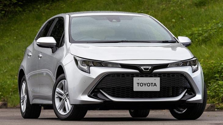 В Японії дебютувала нова Toyota Corolla