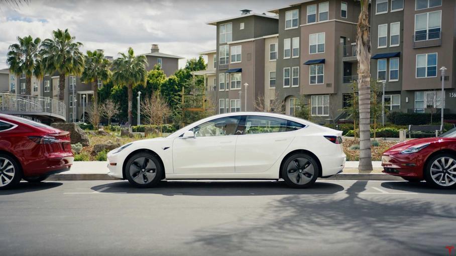 Кожен 5-ий власник електрокарів повертається назад до звичайних автомобілів. Чому?