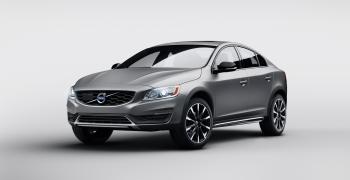 Volvo показала седан-кросовер S60 Cross Country