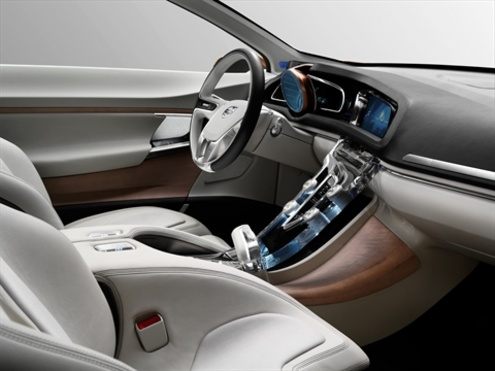 У Volvo все натуральне і дерев'яне